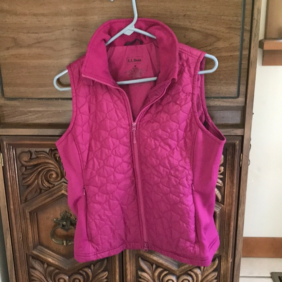 L.L. Bean Jackets & Blazers - L.L. Bean quilted vest